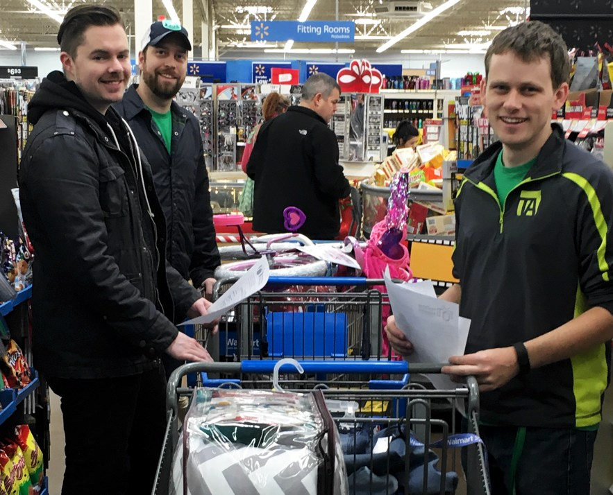 TechnologyAdvice gives back to Youth Villages by shopping for their holiday heroes program