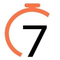 7Shifts employee scheduling for restaurants logo.